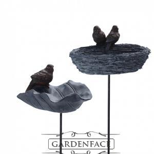 ptačí pítko/krmítko list s ptáčkem