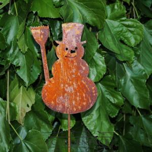 zahradní kovový zápich s patinou - sněhulák s koštětem