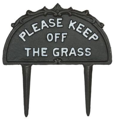 litinový zápich - keep of grass