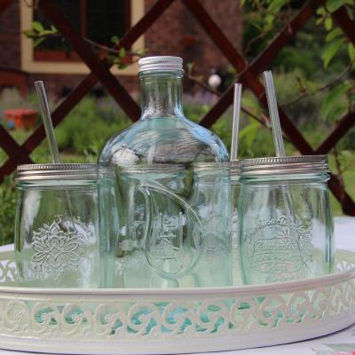 skleněná láhev s víčkem 1,4l