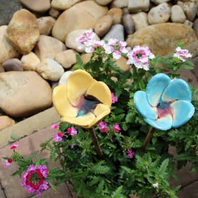 zápich keramická květina malá - glazura