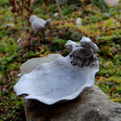 pítko - krmítko pro ptáčky žabáci