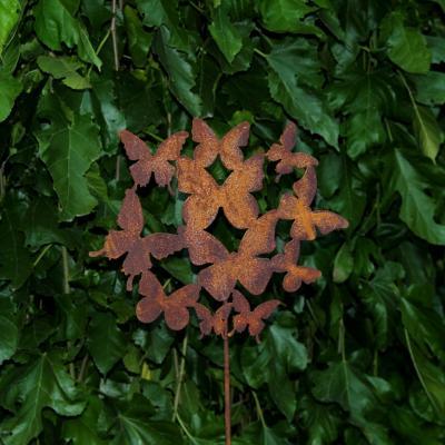 zahradní kovový zápich s patinou - motýlí rej
