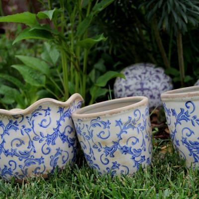Keramický obal na květináč vlnitý okraj modrobílá
