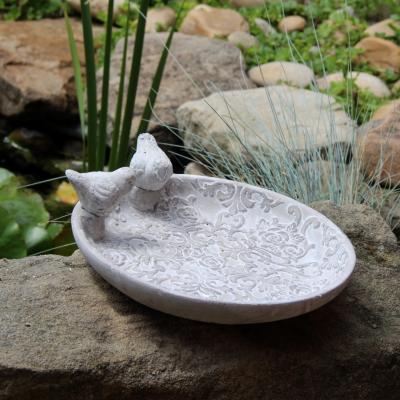 květinové ptačí pítko cement