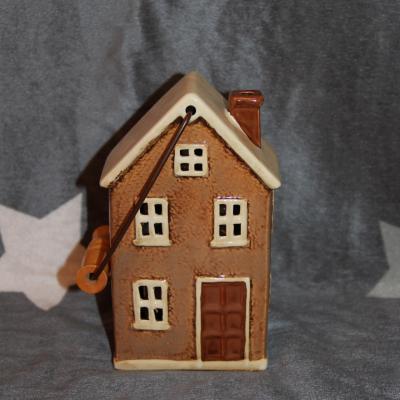 keramický domeček - svícen hnědý 19 cm