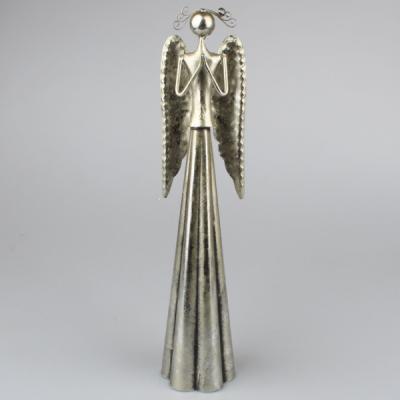 kovový anděl modlící se